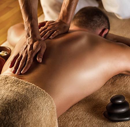 Massages et modelages du dos relaxant dans votre institut de beauté Fanny M près de Saint-Omer (Wizernes)