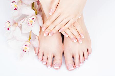 Mise en beauté des pieds dans votre institut de beauté près de Saint-Omer (Wisernes)